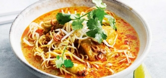 Spicy-Thai-Minced-Pork-Curry-Noodles
