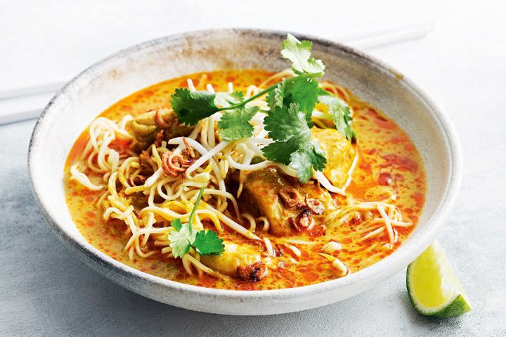 Spicy Thai Minced Pork Curry & Noodles