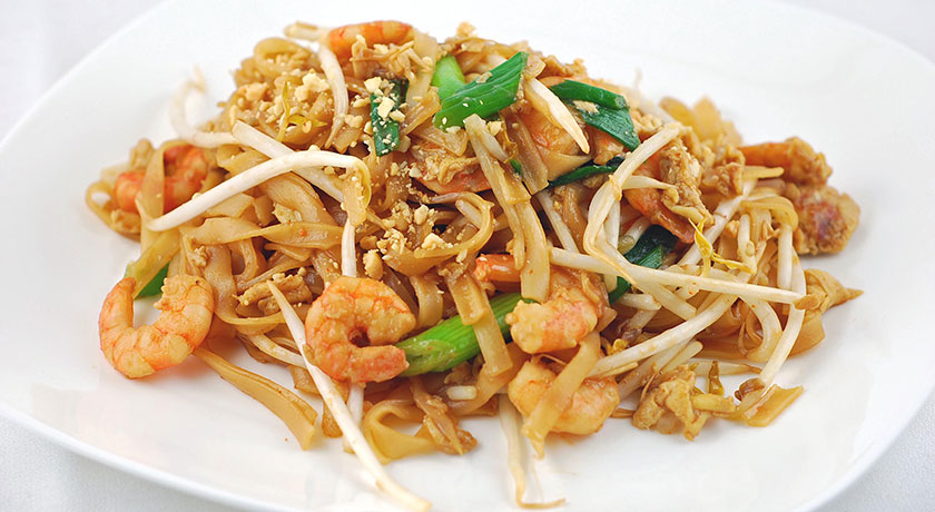 Pad Thai - Stir fried meat with Noodles